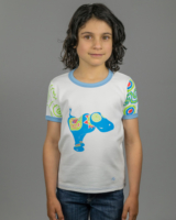Image showing front side of Blue Dog Monicaco kids t-shirt on girl model. Based on late artist Pepe Ozan's Monicacos de Esperanza sculptures.